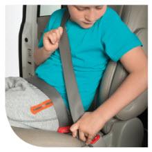 etape 3 passer la ceinture de sécurité dans les guides mifold